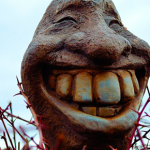 ¿Por qué se nos amarillean los dientes?