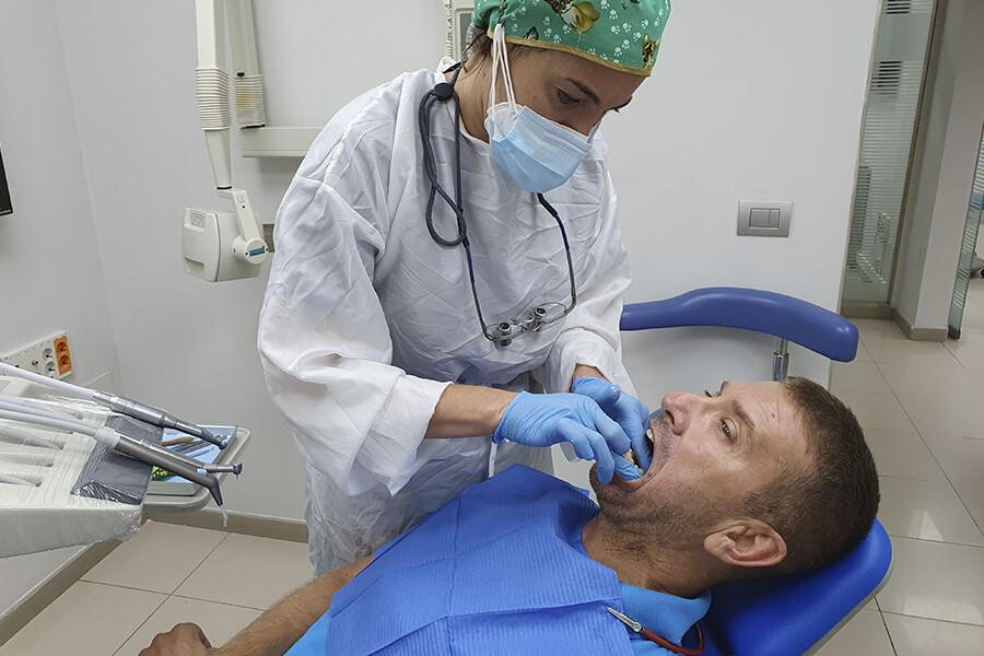 Carillas y coronas dentales